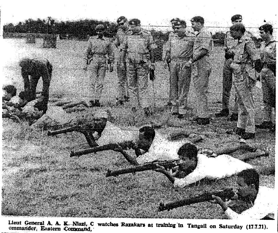 General Niazi watches Razakars training